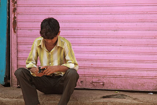 Texting-in-Dharavi