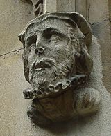 Bust_Of_William_Tyndale
